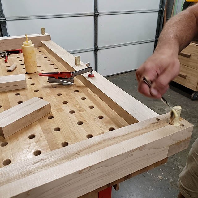 assembling the base of the lathe stand