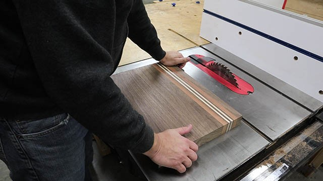 testing for flat cutting board